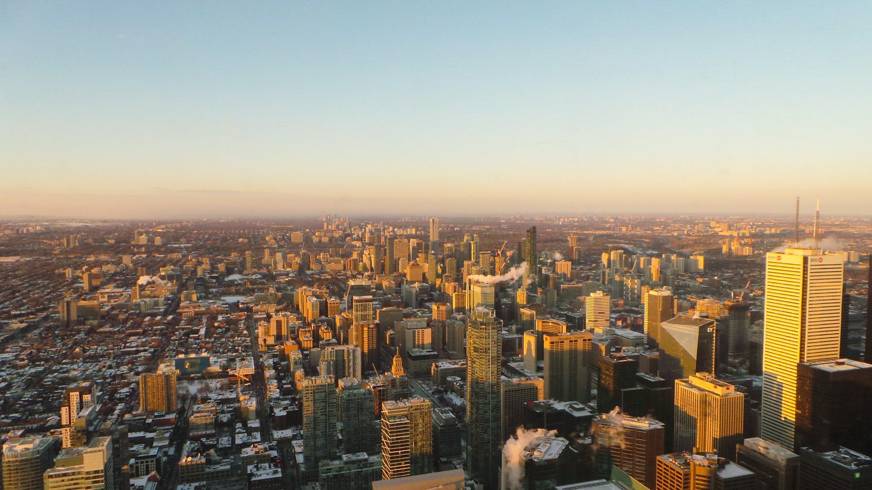 Photo vue sur les immeuble : Tour CN - Toronto Canada